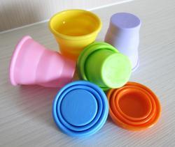 NG-矽膠伸縮杯(杯口不包鋼圈)附塑膠收納盒